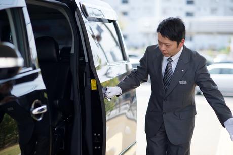 幅広い年代&未経験スタートのスタッフも活躍中。モクモクと仕事ができればOKのドライバーを募集!